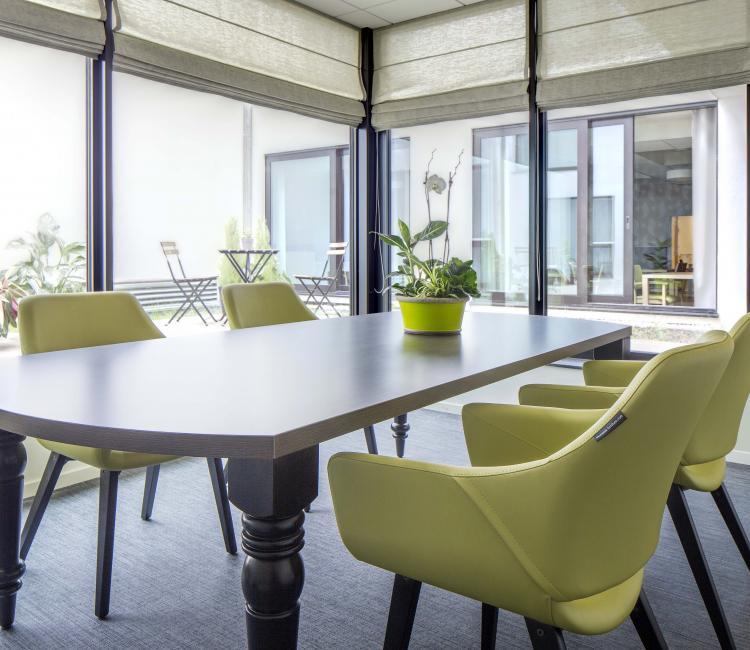Creating Hospitality - Stephenson Garden 4 - moments furniture