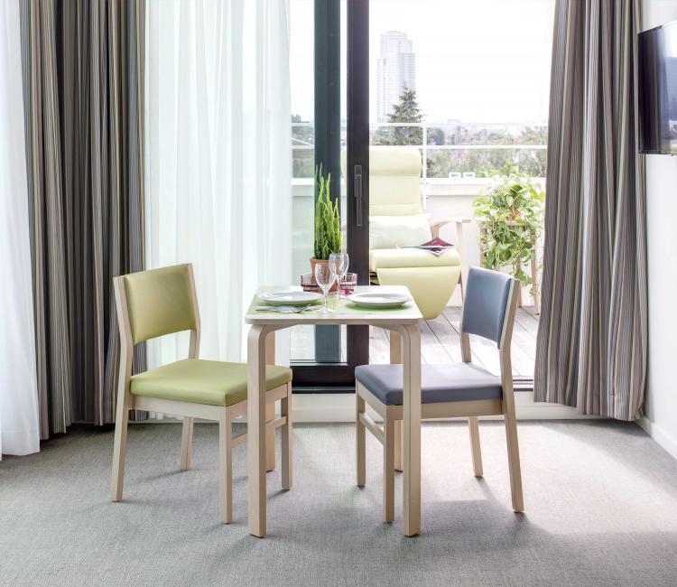 Creating Hospitality - Stephenson Garden 7 - moments furniture