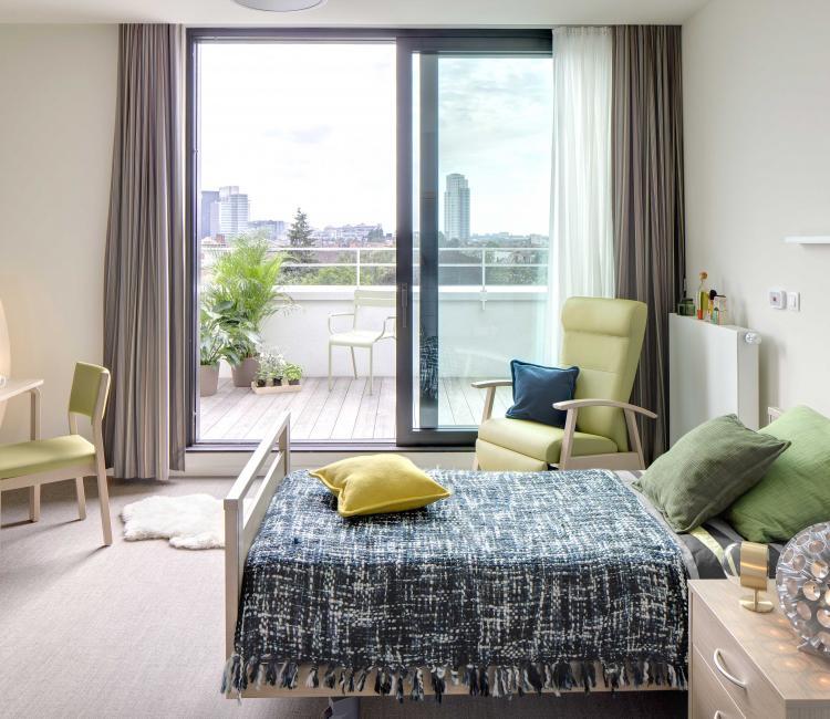 Creating Hospitality - Stephenson Garden 9 - moments furniture