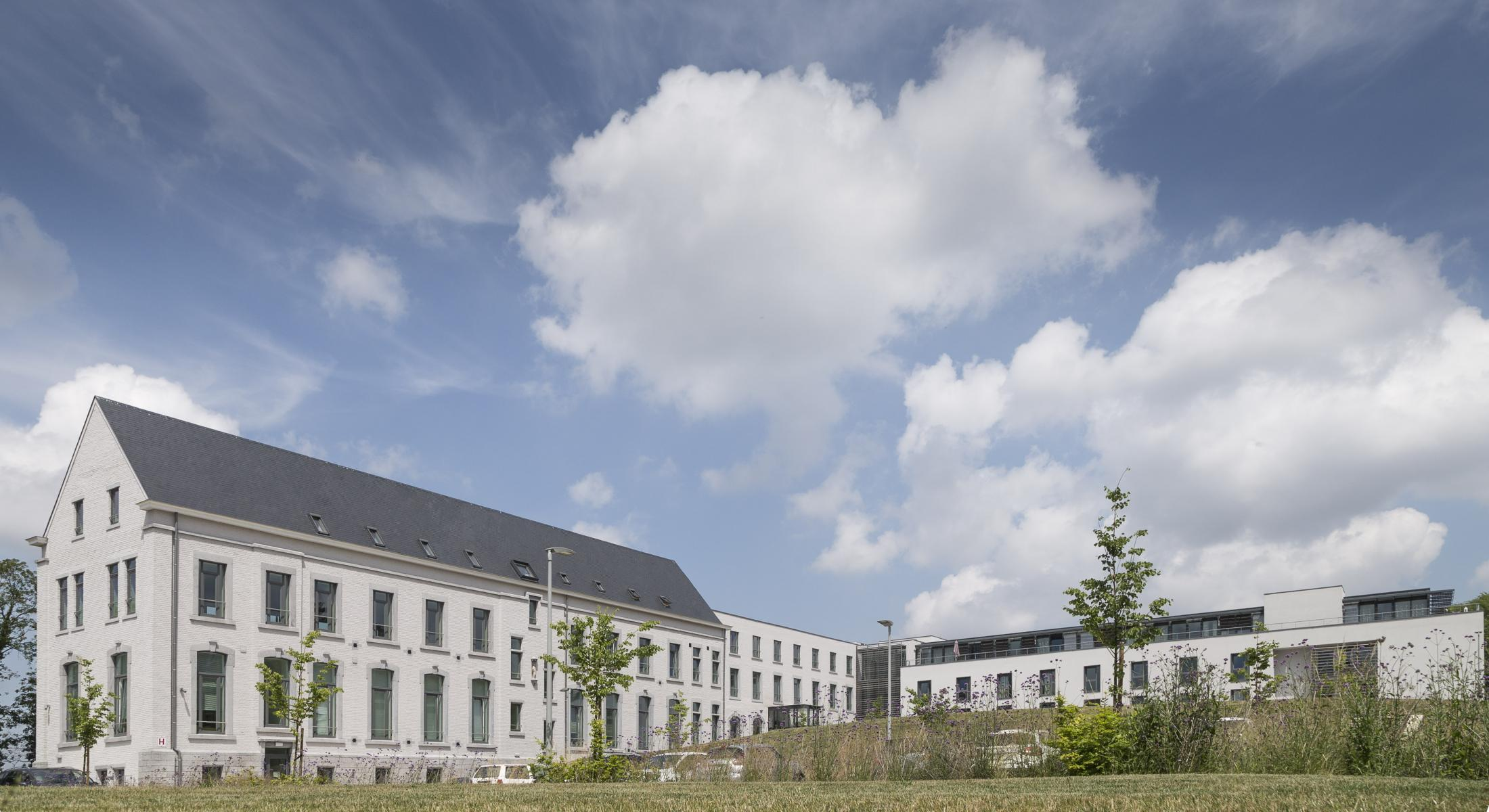 Creating Hospitality - WZC La Chartreuse Namur 1 - moments furniture
