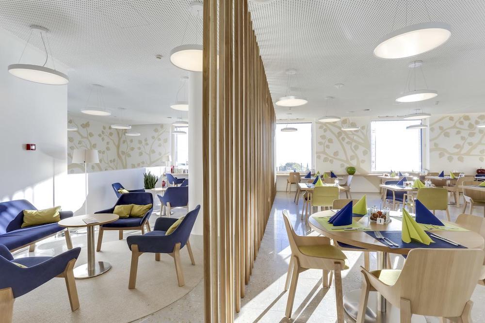 restaurant:lobby copie